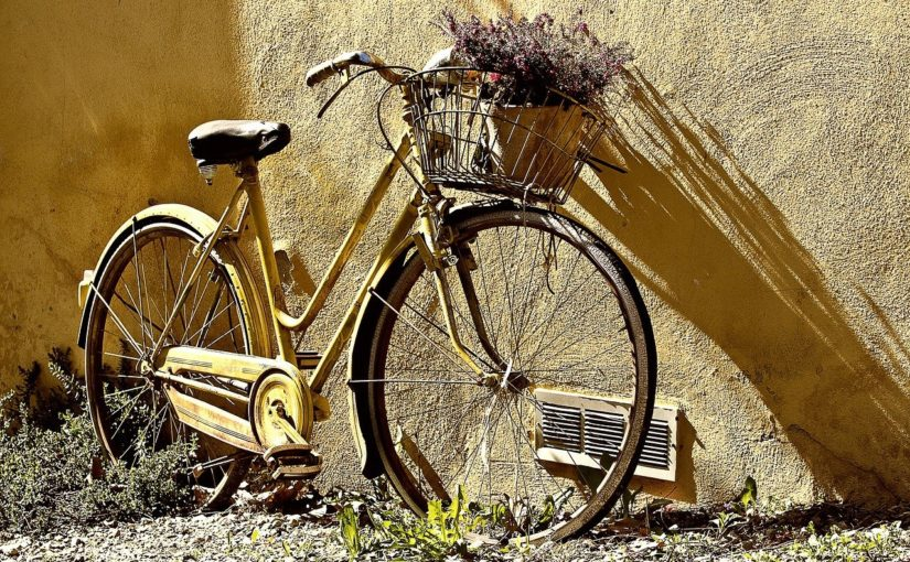 Każdy wielbiciel jazdy rowerowej z pewnością oczekuje, aż wszelakie śniegi i lody zginą już w zapomnienie.